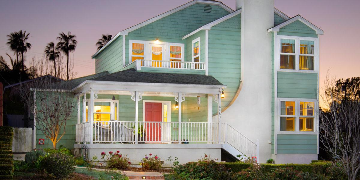 4483 Santa Monica Avenue